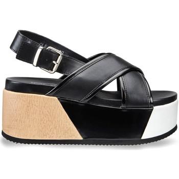 Cipők Női Szandálok / Saruk Cult CLE104339 Fekete