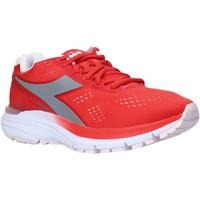 Cipők Női Rövid szárú edzőcipők Diadora 101175619 Piros