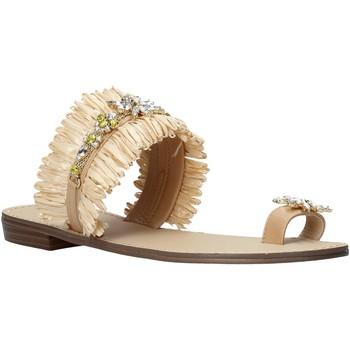 Cipők Női Szandálok / Saruk Gold&gold A21 GL613 Bézs