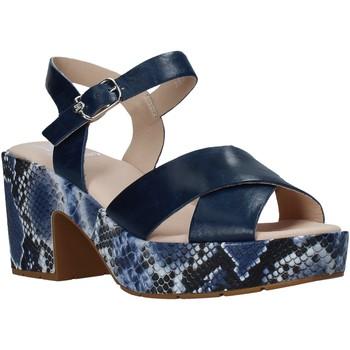 Cipők Női Szandálok / Saruk CallagHan 28800 Kék