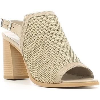 Cipők Női Szandálok / Saruk Keys 5427 Bézs