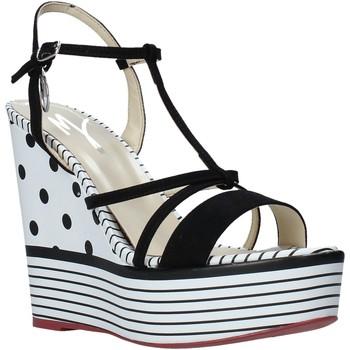 Cipők Női Szandálok / Saruk Manila Grace S605LP Fekete