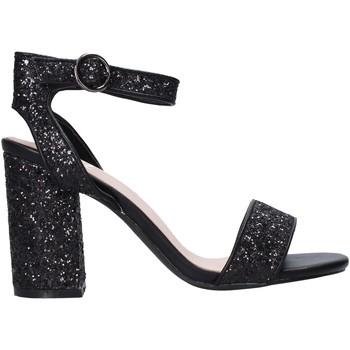 Cipők Női Szandálok / Saruk Onyx S20-SOX775 Fekete
