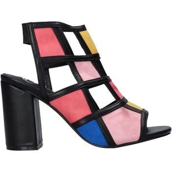 Cipők Női Szandálok / Saruk Onyx S20-SOX785 Fekete