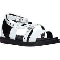 Cipők Női Szandálok / Saruk Onyx S20-SOX721 Fehér