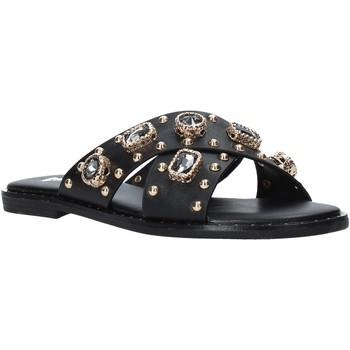 Cipők Női Papucsok Gold&gold A21 GJ559 Fekete