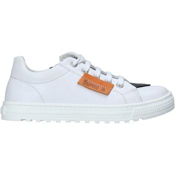 Cipők Gyerek Rövid szárú edzőcipők Naturino 2014869 01 Fehér