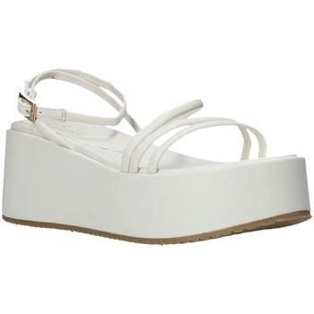 Cipők Női Szandálok / Saruk Grace Shoes 136006 Fehér