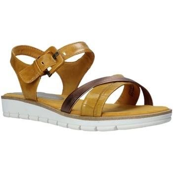 Cipők Női Szandálok / Saruk Marco Tozzi 2-2-28607-26 Sárga