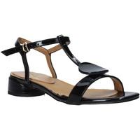 Cipők Női Szandálok / Saruk Grace Shoes 971002 Fekete