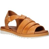 Cipők Női Szandálok / Saruk Sshady L1401 Barna