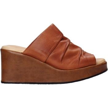Cipők Női Papucsok Sshady L2501 Barna