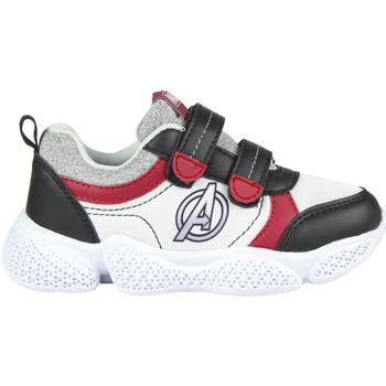 Cipők Fiú Rövid szárú edzőcipők Avengers 2300004641 Blanco