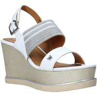 Cipők Női Szandálok / Saruk Wrangler WL01592A Fehér