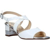 Cipők Női Szandálok / Saruk Valleverde 38412 Fehér