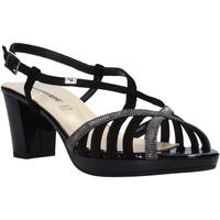 Cipők Női Szandálok / Saruk Valleverde 38536 Fekete