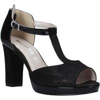 Cipők Női Szandálok / Saruk Valleverde 45550 Fekete