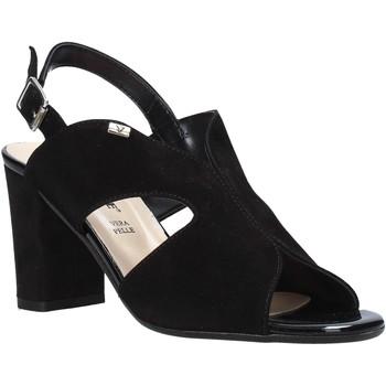Cipők Női Szandálok / Saruk Valleverde 38564 Fekete