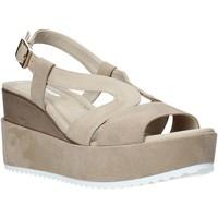 Cipők Női Szandálok / Saruk Valleverde 32436 Bézs