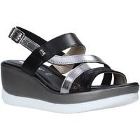Cipők Női Szandálok / Saruk Valleverde 32151 Fekete