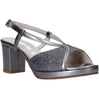 Cipők Női Szandálok / Saruk Valleverde 45373 Szürke