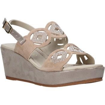 Cipők Női Szandálok / Saruk Valleverde 32214 Bézs