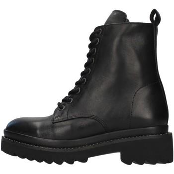 Cipők Női Városi csizmák Inuovo 673003 BLACK