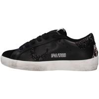 Cipők Női Rövid szárú edzőcipők Uma Parker 790221 BLACK