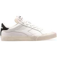 Cipők Férfi Rövid szárú edzőcipők Diadora 501176360 Fehér
