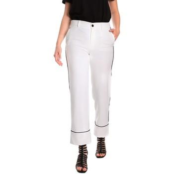 Ruhák Női Chino nadrágok / Carrot nadrágok Denny Rose 811DD20006 Fehér