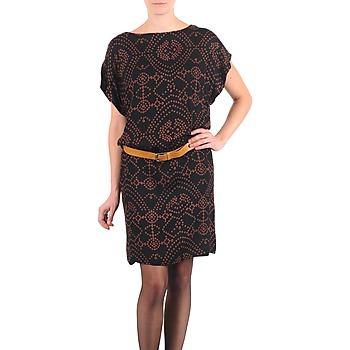 Ruhák Női Rövid ruhák Antik Batik QUINN Fekete