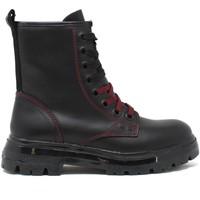 Cipők Női Csizmák Wrangler WL12570A Fekete