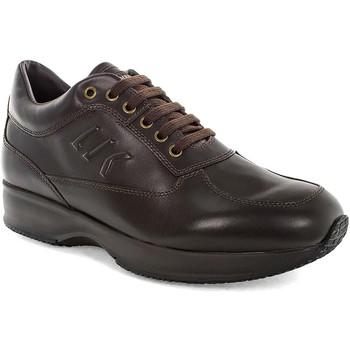 Cipők Férfi Rövid szárú edzőcipők Lumberjack SM01305 010 B01 Barna