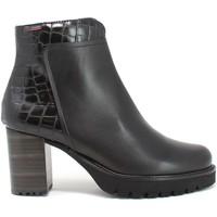 Cipők Női Bokacsizmák CallagHan 21930 Fekete