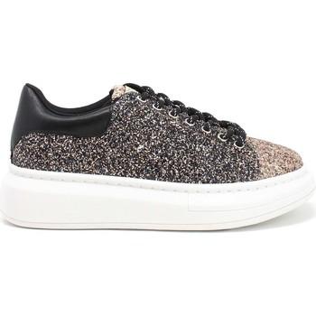 Cipők Női Rövid szárú edzőcipők Gold&gold B21 GB120 Fekete