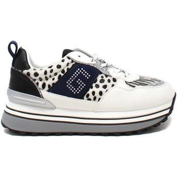 Cipők Női Rövid szárú edzőcipők Gold&gold B21 GB145 Fehér