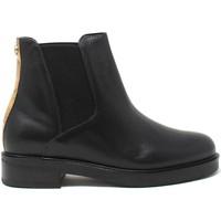 Cipők Női Bokacsizmák Alviero Martini 0004 535A Fekete