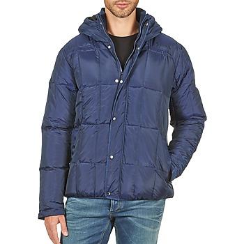 Ruhák Férfi Steppelt kabátok Bench QUOTA Kék