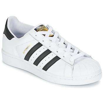 Cipők Gyerek Rövid szárú edzőcipők adidas Originals SUPERSTAR Fehér