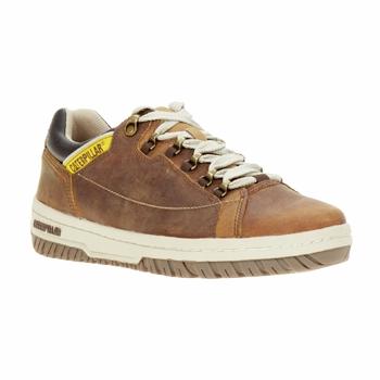 Cipők Férfi Rövid szárú edzőcipők Caterpillar APA Barna
