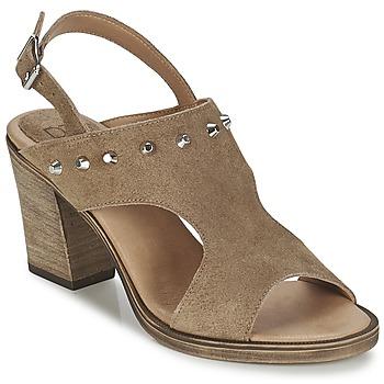 Shoes Női Szandálok / Saruk Betty London EGALIME Tópszínű