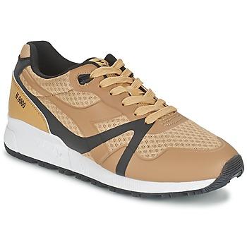 Cipők Férfi Rövid szárú edzőcipők Diadora N9000 MM BRIGHT II Teve