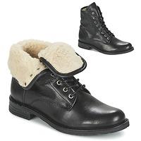 Cipők Női Csizmák Mustang SABORA Fekete