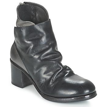 Cipők Női Bokacsizmák Moma BOLIO Fekete