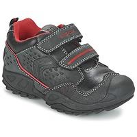 Shoes Fiú Rövid szárú edzőcipők Geox NEW SAVAGE BOY Fekete  / Piros