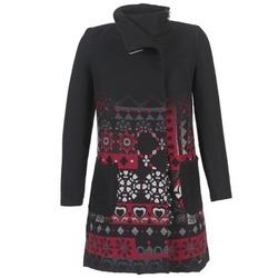 material Női Kabátok Desigual JEFINITE Fekete  / Piros