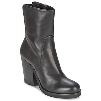 Cipők Női Bokacsizmák Strategia GUANTO Fekete