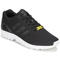 Cipők Rövid szárú edzőcipők adidas Originals ZX FLUX Fekete  / Fehér