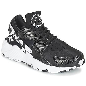 Shoes Női Rövid szárú edzőcipők Nike AIR HUARACHE RUN SE W Fekete  / Fehér