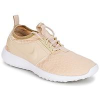 Shoes Női Rövid szárú edzőcipők Nike JUVENATE SE W Bézs